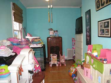 Kids Bedroom before staging Susan Atwell